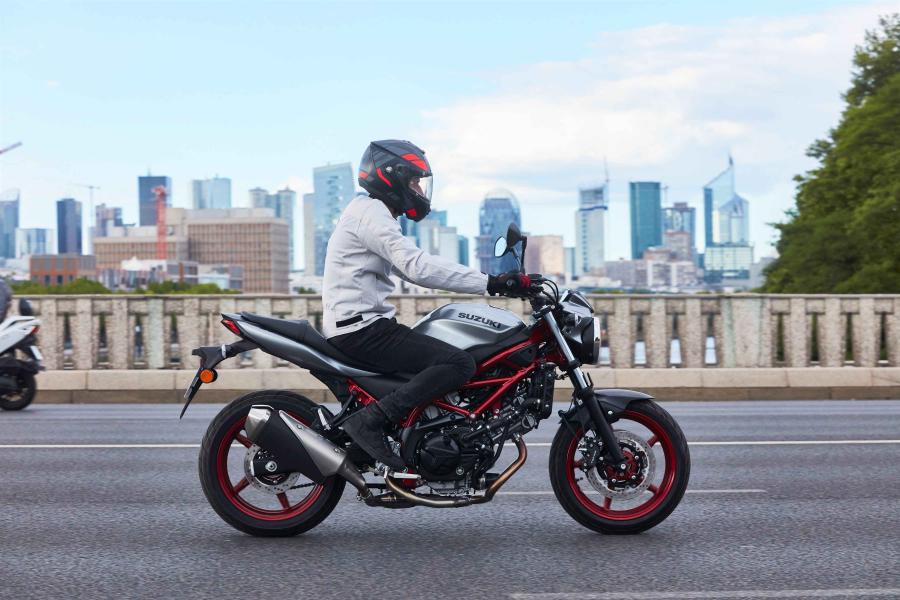 PERMIS MOTO - Cours de 2h de circulation à Montlhéry ou Paul Ricard