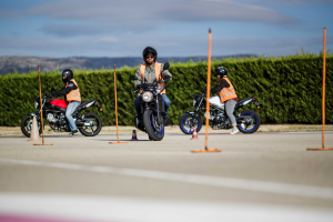 PERMIS MOTO - Cours de 2h de plateau niveau 2