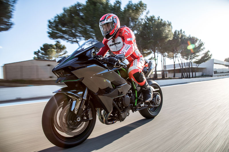 Philippe Monneret TF1 Auto/Moto Test Supersport Kawasaki Ninja H2R
