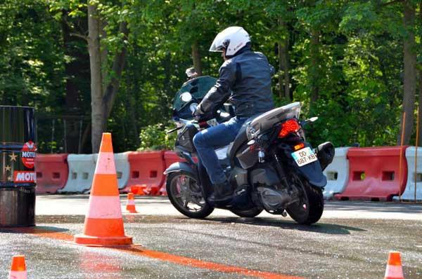 Essai 4 roues Quadro pour TF1 Automoto Philippe Monneret 1