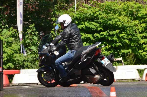 Essai 4 roues Quadro pour TF1 Automoto Philippe Monneret 13